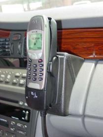 Konsola KUDA pod tel. do Cadillac Deville od 2000 do 2006