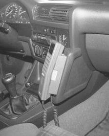Konsola KUDA pod telefon do BMW 3 (E30) od 1987 do 1990