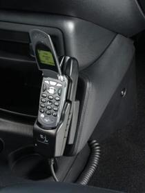 Konsola Kuda pod tel/navi do Ford  Escape od 08/2001 do 2007
