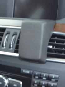Konsola Kuda pod tel/navi do Mercedes C od 04/2011