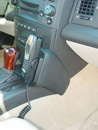 Konsola KUDA pod tel. do Cadillac CTS od 2002 do 2007  (1)