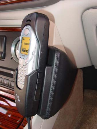 Konsola KUDA pod tel. do Cadillac Escalade do 2002  (1)